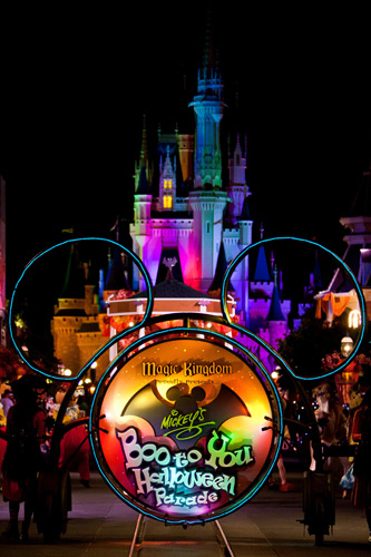 parada halloween disney boo to you